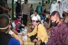 Jamaah Masjid dan Pengunjung Kafe Jalani Rapid Tes