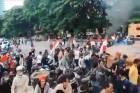 Puluhan Pendemo Tolak Habib Rizieq Kocar-Kacir Dibubarkan Paksa oleh Massa