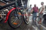 Pandemi COVID-19, Penjual Sepeda Bekas di Pasar Rumput Laku Keras