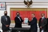 BPK Serahkan Hasil Pemeriksaan Atas Laporan Keuangan Pemerintah Pusat Tahun 2019 ke DPD RI