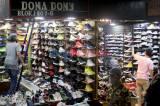 Dampak Pandemi Covid-19, Pedagang Sepatu Taman Puring Keluhkan Sepi Pengunjung