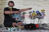 Cintai Lingkungan, Seniman Ini Sulap Sampah Menjadi Wayang Uwuh