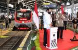 Jokowi Resmikan Kereta Listrik Lintas Yogyakarta-Solo
