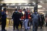 Evakuasi Jasad Pria Tewas yang Terjatuh di Tunjungan Plaza Surabaya