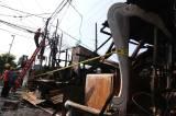 Perbaikan Jaringan Listrik Pasca Kebakaran Bengkel Mebel di Surabaya