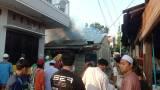 Ditinggal Sholat Ied, Empat Rumah Kontrakan di Bekasi Hangus Terbakar