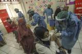 Vaksinasi Massal Guru di Depok