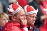 Begini Kesedihan Pendukung Denmark Saat Christian Eriksen Roboh di Tengah Lapangan