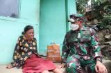 Tangis Haru Nenek Asih Saat Diberi Paket Sembako Oleh Jenderal Bintang Dua