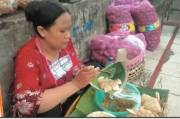 Cabuk Rambak Bu Yanti Pasar Gede Solo, Gurih Pedasnya Bikin Ketagihan