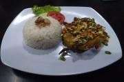 De Malond Bandung, Sajikan Sensasi Kelezatan Hidangan Manuk Londo