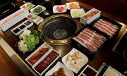 Buka Puasa di Restoran, Ini Tips Makan Bijak Agar Tidak Kalap