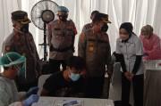 J99 Corp-Polres Depok Kolaborasi Gelar Vaksin Gratis dan Bagikan Sembako