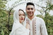 Siti Badriah Hamil Anak Pertama, Krisjiana Siaga Selalu Bawa Kursi Roda