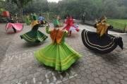 Menanti Berbuka Sambil Berlatih Tarian Sufi di Pesantren