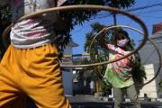 Anak Gagap Sosial Akibat PJJ, Komunitas Kampoeng Dolanan Sambangi Kampung di Surabaya