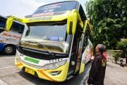Penumpang Bus di Terminal Kampung Rambutan Mulai Meningkat