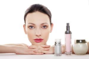 5 Produk Skincare Wajib Punya Ibu yang Bekerja dari Rumah