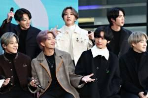 BTS Tulis Kartu Pos kepada ARMY Isyaratkan Kemungkinan Subunit