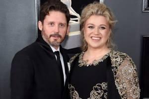 Cerai dengan Suami, Kelly Clarkson Dapatkan Hak Asuh Anak-anaknya