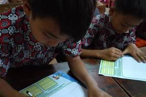 Prudential Indonesia dan UNICEF Rilis Buku Gemilang Edisi Khusus untuk Tingkatkan Literasi Keuangan Anak Papua