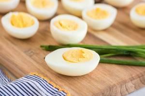 Trik Memasak Telur Rebus Agar Terkelupas dengan Baik