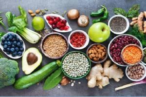 4 Makanan Terbaik saat Anda Menjalani Isolasi Mandiri di Rumah