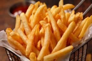 5 Bahaya Makan Kentang Goreng, Turunkan Kekebalan Tubuh hingga Stroke