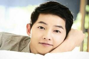 15 Aktor Korea Paling Ganteng, Song Joong Ki Nomor 14