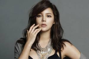 Sebabkan Kecelakaan karena Mabuk, Park Si-yeon Renenungkan Diri