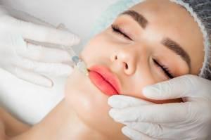 Pilih Perawatan Botox atau Filler? Kenali Dulu Perbedaannya!
