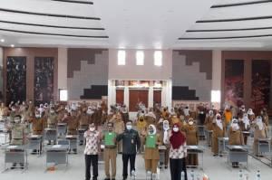 Pemkab Bogor Angkat 1.182 Tenaga Honorer Jadi Pegawai Pemerintah dengan Perjanjian Kerja
