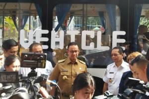 Anies Pamer Bus Listrik Transjakarta, Warganet Sindir Esemka