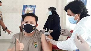 100 Anggota Polres Metro Jakarta Pusat Divaksinasi Covid-19
