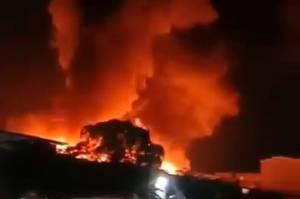 Korsleting Listrik, Rumah di Kapuk Muara Terbakar