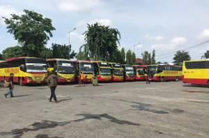 Hari Ini Hanya Puluhan Pemudik Berangkat dari Terminal Kalideres