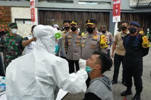Wisatawan di Puncak Bogor Jalani Rapid Antigen, Ini Hasilnya