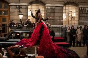 Ribetnya Kostum di Film Cruella Bikin Emma Thompson Kesulitan Buang Air Kecil