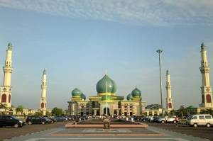 Berbagai Masjid Unik di Tanah Air yang Pas buat Wisata Religi
