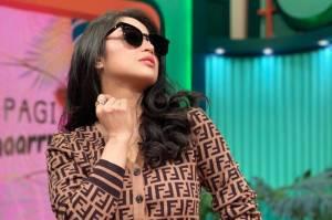 Denise Chariesta Tak Nongol saat Dilabrak, Dewi Perssik: Cemen Lu Mental Sosmed