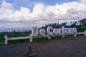 Menikmati Panorama Cantik Teluk Manado dari Puncak De Corlano