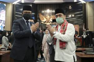 Survei Indomatrik: 3,5 Tahun Pimpin Jakarta, Kinerja Anies-Riza Patria Dinilai Memuaskan