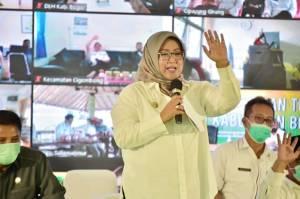 Curhat Bupati Bogor karena Warganya Tak Siap Divaksin Covid-19