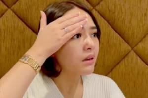 Ibunda Masih Tergolek Sakit, Amanda Manopo Tak Berhenti Panjatkan Doa