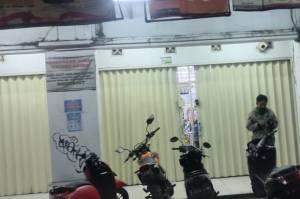 Ngamuk, Pria Stres Minta Uang Rp10 Juta di Minimarket dan Tantang Polisi di Pamulang