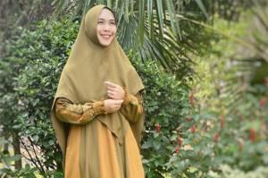 Oki Setiana Dewi Wakafkan Hunian Peninggalan Almarhum Ayah di Batam Jadi Rumah Quran