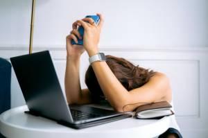 Berikut Gejala dan Cara Mencegah Burnout Syndrome di Masa Pandemi
