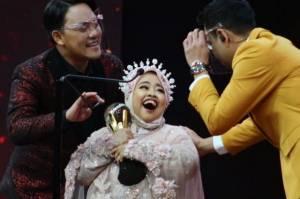 Sisihkan Aldi Taher, Kekeyi Menangi Selebriti Sensasional Terobsesi di Obsesi Awards 2021