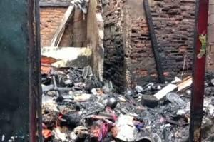 Kerugian Ditaksir Rp300 Juta, Kebakaran Rumah di Kebon Jeruk Diduga Korsleting Listrik