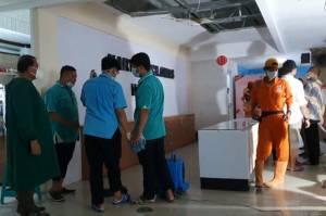 Diterjang Hujan, Plafon RS Kartika Pulomas Roboh